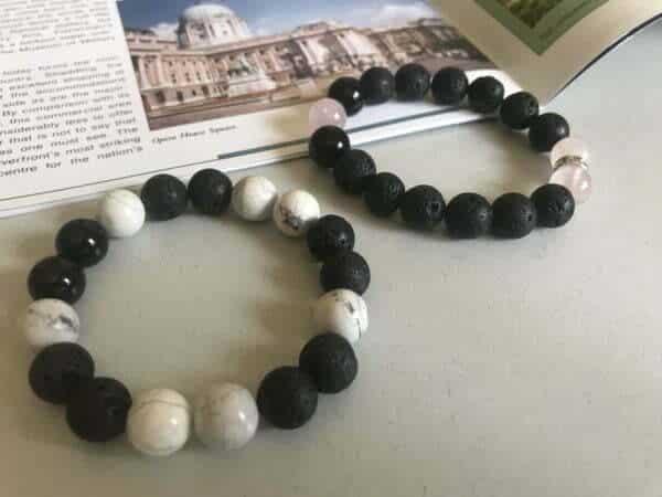 Гривна Черно и бяло