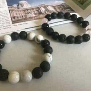 Гривна от естествени полу-скъпоценни камъни