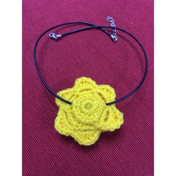 Бижу Жълто цвете