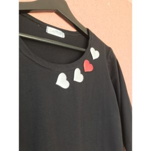 Тениска с дълъг ръкав Сърца